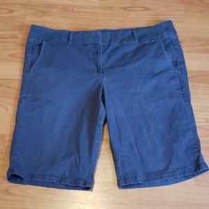 LOFT Marisa Bermuda blue/grey soft shorts